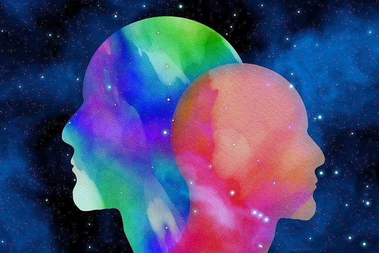Conspiracy theory, AI tool, Machine Learning model, Pizzagate, Bridgegate QAnon